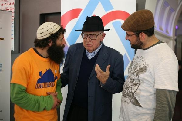 Branko Lustig s bivšim ekstremistima